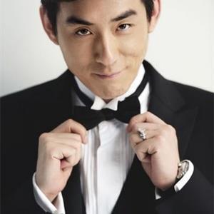 演员刘欢绅士写真 潇洒帅气