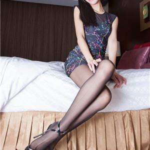 模特美女Anita制服撩人写真