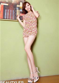 美女模特Lucy短裙迷人写真