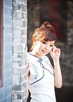 可爱清纯靓女黄诗思写真