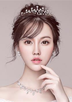 有刘海的新娘发型图片,展现十足的女人味